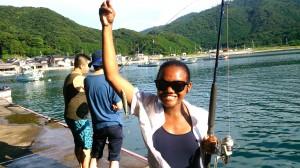 魚釣り体験で大漁!